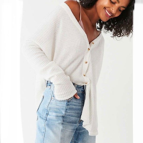 URBAN OUTFITTERS OUT FROM UNDER JOJO Cardigan